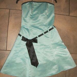 Jessica McClintock Blue Satin Strapless Formal 5/6